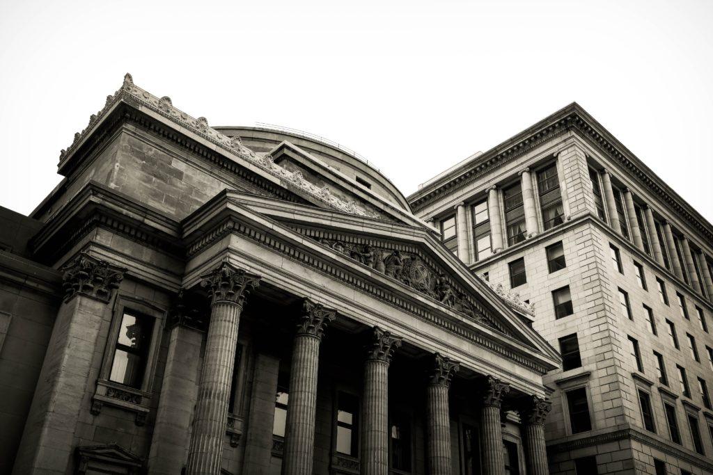 銀行の写真